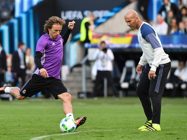 FBL-EUR-SUPERCUP-REAL-MADRID-TRAINING