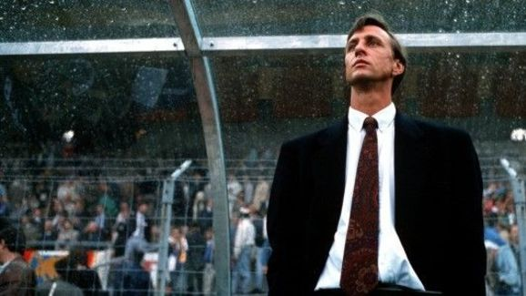 Cruijff in the Barça dugout