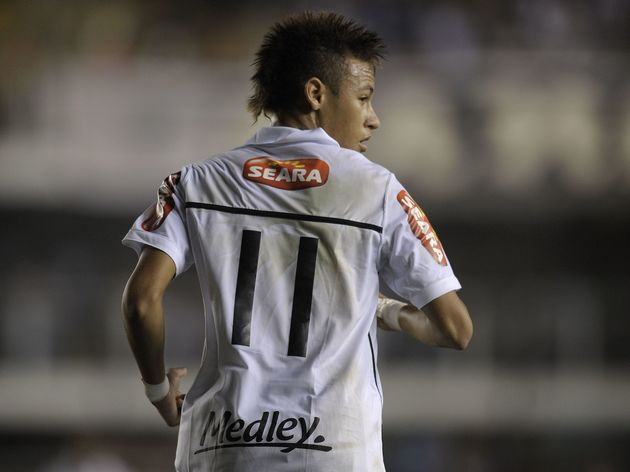 newest 1e37f f7013 On This Day in 2009 Neymar Made His Santos Debut in the ...