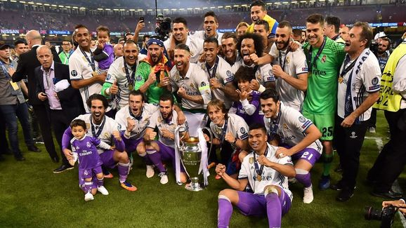 FBL-EUR-C1-JUVENTUS-REAL MADRID-TROPHY
