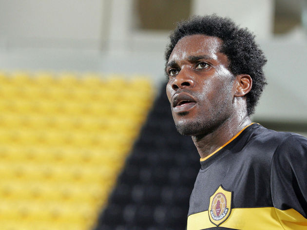 Nigerian player Jay-Jay Okocha of Qatar
