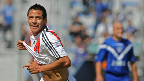 Chilean Alexis Sanchez of River Plate ce