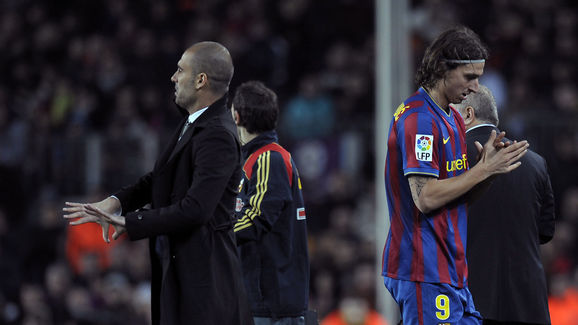 Barcelona´s coach Pep Guardiola (L) and