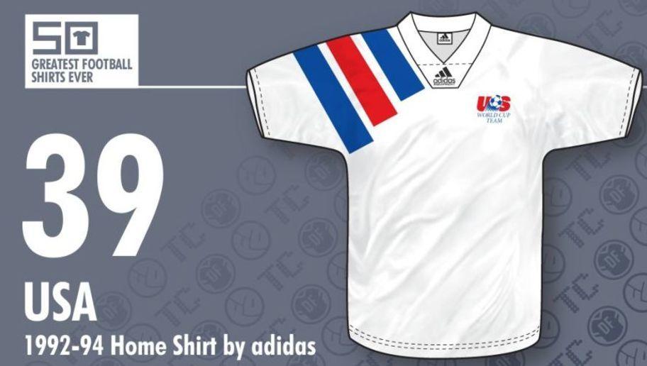 b8d6676fabe34 Esta camiseta fue utilizada por los Estados Unidos desde 1992 hasta 1994.  Estuvo presente en toda la previa del Mundial que se jugó en su país y en  el ...