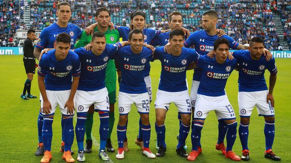 Cruz Azul v Pumas UNAM - Torneo Clausura 2018 Liga MX