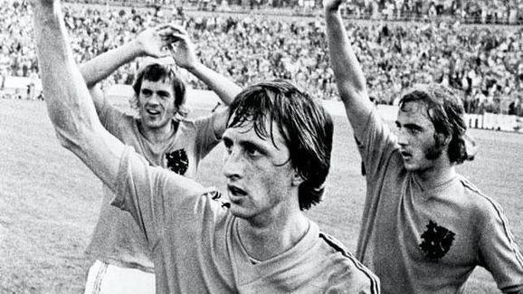 Cruyff trio