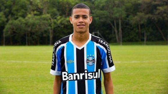 Clube da Série A perto de anunciar jogador do Grêmio  1070b7dafc387