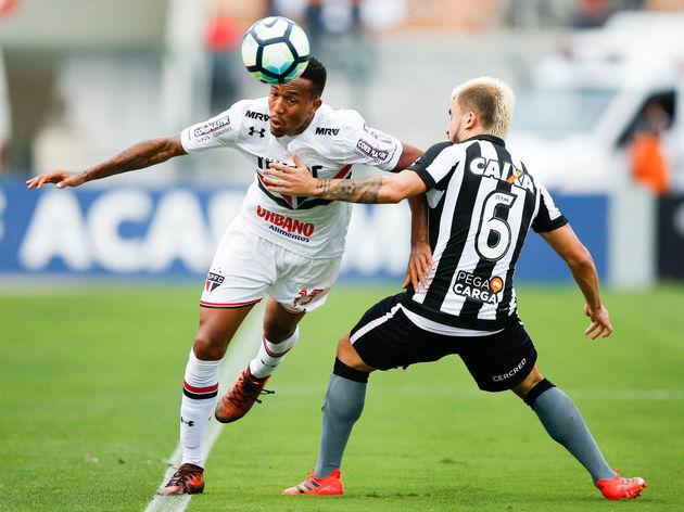 Sao Paulo v Botafogo - Brasileirao Series A 2017