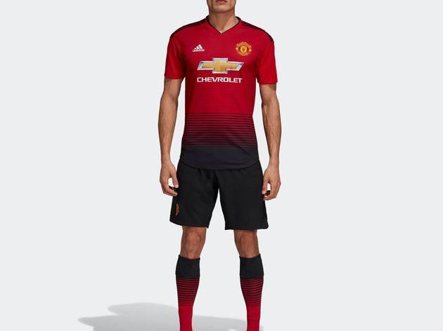 Mẫu áo đấu đẹp mắt của M.U cho mùa giải mới 2018-19