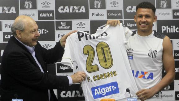 Felippe Cardoso lida com uma pubalgia crônica