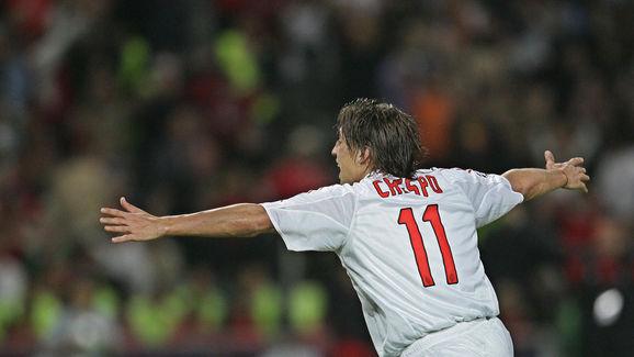 AC Milan's Argentinan forward Hernan Cre