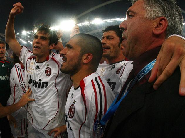 AC Milan's Brazilian midfielder Kaka (L)...