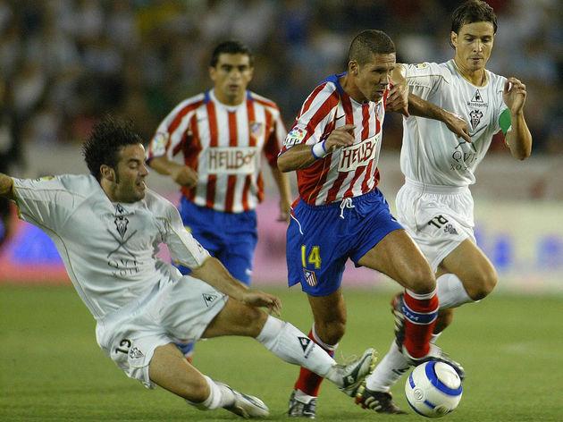 Albacete's Alvaro rubio (R) and Paco Pen