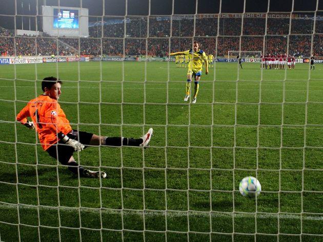 Apoel's Nektarios Alexandrou scores past