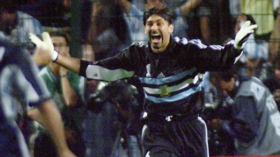 Argentinan goalkeeper Carlos Roa jubilates 30 June