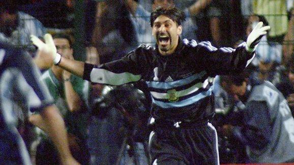 Argentinan goalkeeper Carlos Roa jubilates 30 June