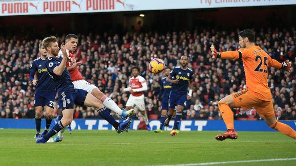 Arsenal FC v Fulham FC - Premier League