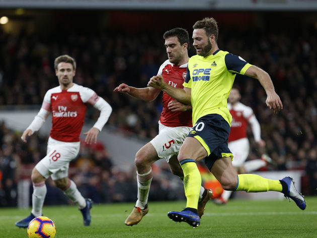 Arsenal FC v Huddersfield Town - Premier League