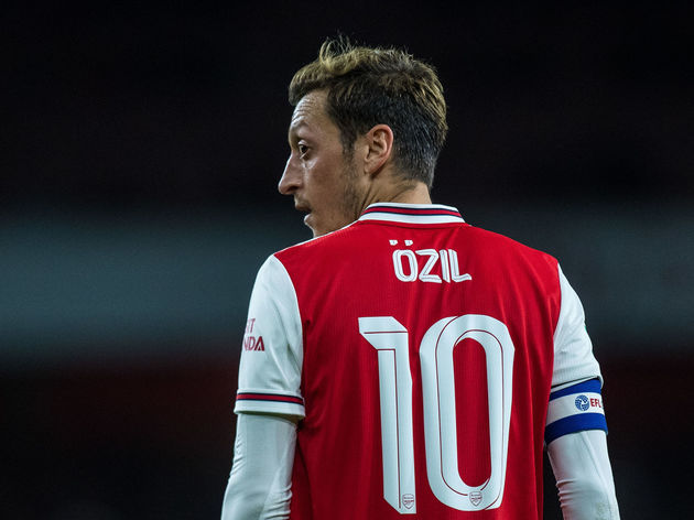 Unai Emery Confirms Reason for Mesut Ozil's Absence Against ...