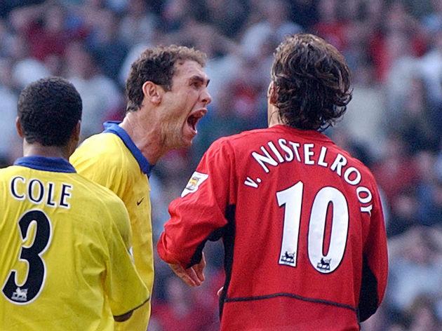 Arsenal's Martin Keown taunts Manchester