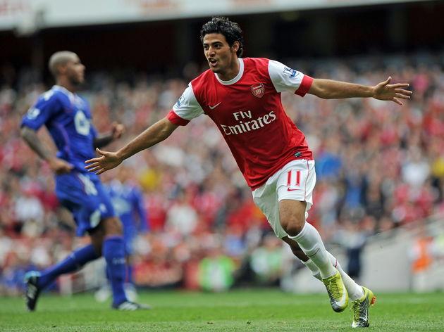 Arsenal's Mexican striker Carlos Vela ce
