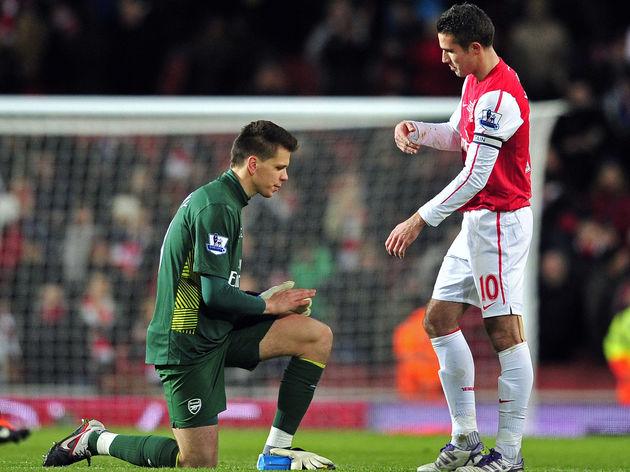 Arsenal's Polish goalkeeper Wojciech Szc