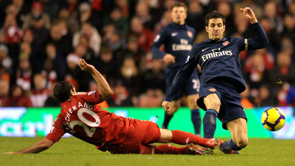 Arsenal's Spanish midfielder Cesc Fabreg