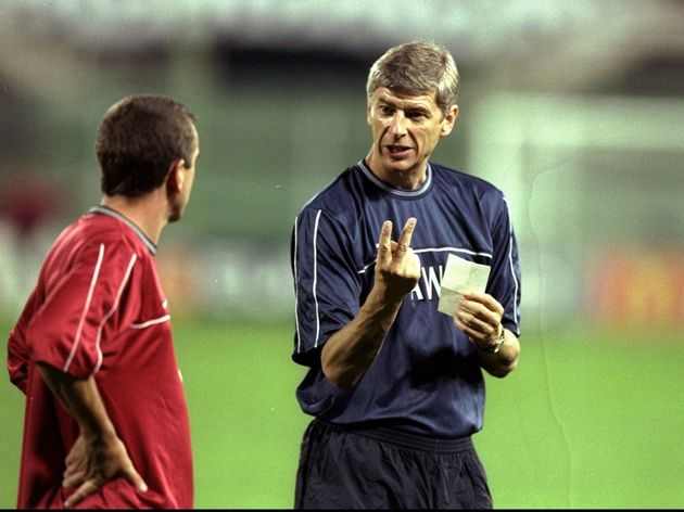 Arsene Wenger with Nigel Winterburn