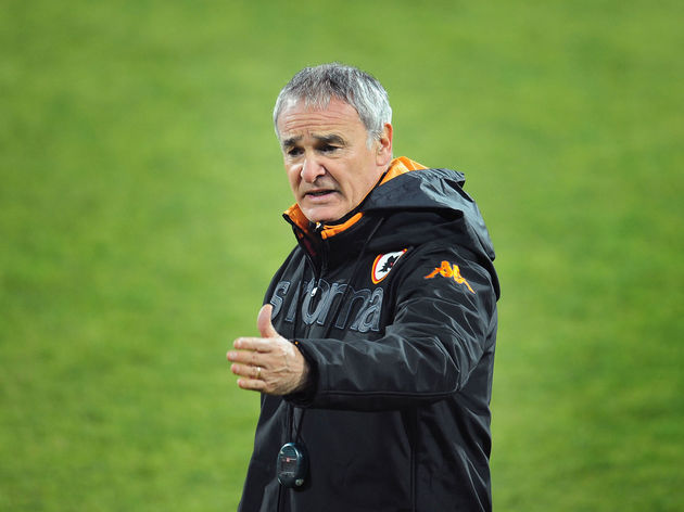 AS Roma Coach Claudio Ranieri gestures d