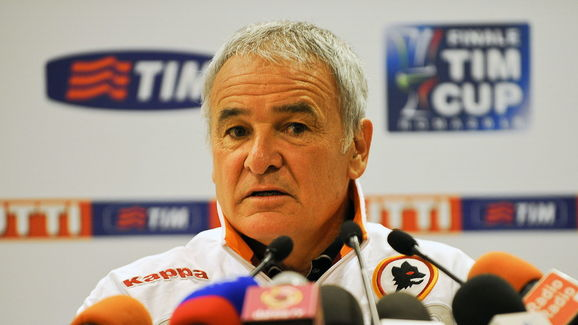 AS Roma coach Claudio Ranieri speaks dur