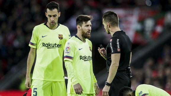 Del Cerro Grande,Lionel Messi,Sergio Busquets