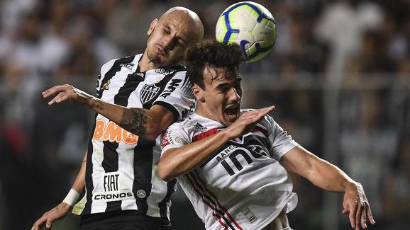 Fabio Santos,Igor Gomes