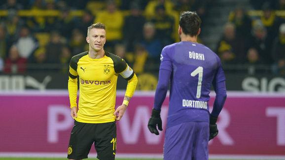 Marco Reus,rechts:,Roman Buerki