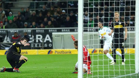 Borussia Moenchengladbach v VfB Stuttgart - Bundesliga