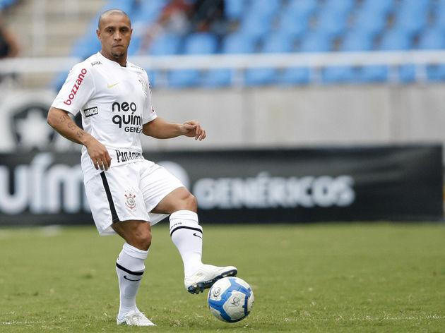 Botafogo v Corinthians - Brazilian Championship 2010