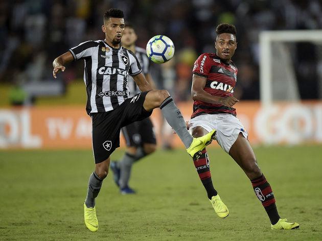 Matheus Fernandes, Vitinho