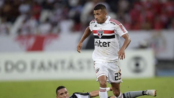 Joao Rojas,Luiz Fernando