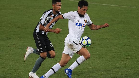 Hernane,Matheus Fernandes
