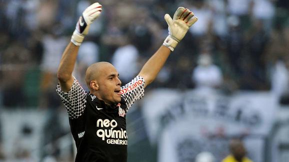 Brazil's Corinthians goalkeeper Julio Ce