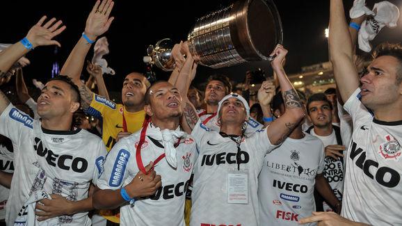 Brazil's Corinthians teammates celebrate