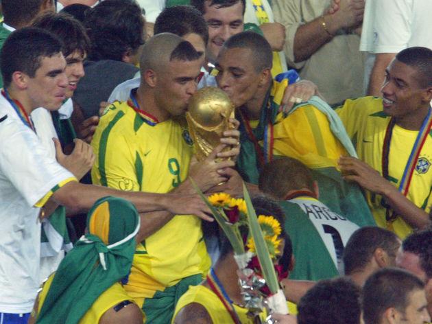 Ronaldo,Gilberto Silva