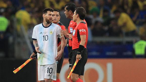 Lionel Messi,Roddy Zambrano