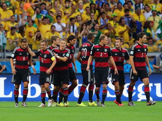 Philipp Lahm,Benedikt Hoewedes,Miroslav Klose,Mats Hummels,Thomas Mueller,Sami Khedira,Bastian Schweinsteiger,Jerome Boateng