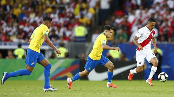 Yoshimar Yotun,Philippe Coutinho