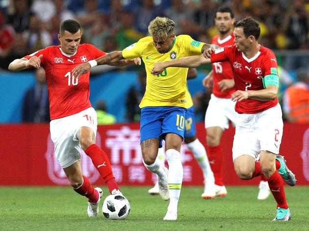 Granit Xhaka,Neymar Jr,Stephan Lichtsteiner