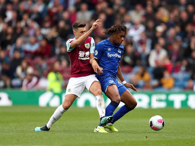 Matthew Lowton,Alex Iwobi