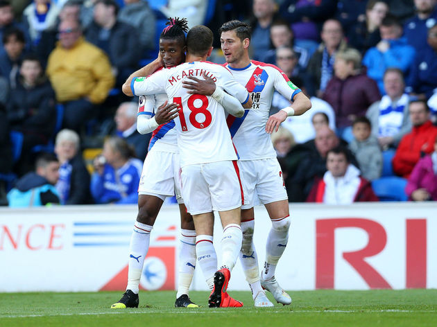 James McArthur,Wilfried Zaha