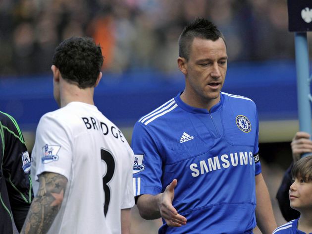Chelsea's captain John Terry (R) fails t