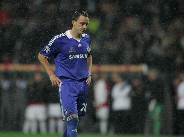 Chelsea's English defender John Terry mi