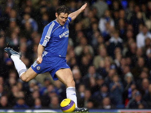 Chelsea's Frank Lampard takes a shot at